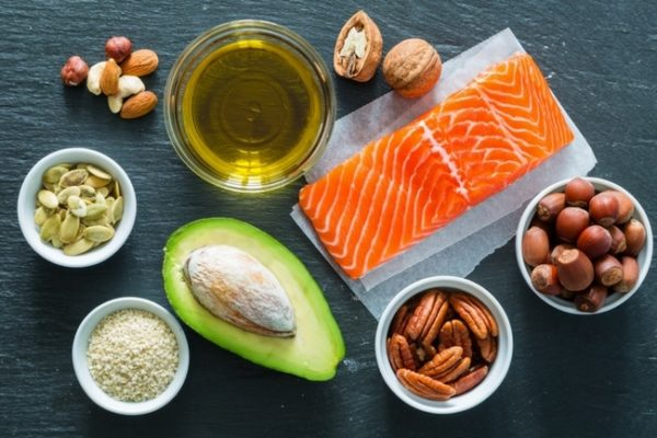 picture with healthy fats on the table